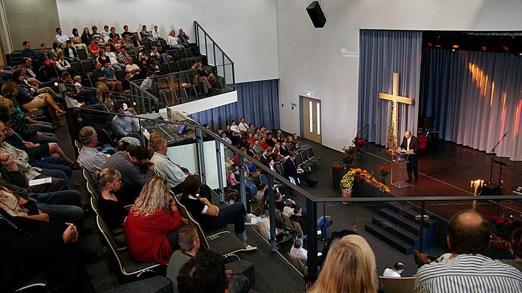 Braunschweiger_Friedenskirche_Gottesdienst