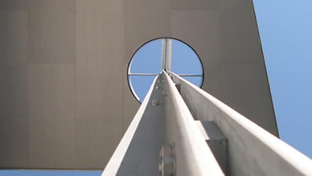 Braunschweiger_Friedenskirche_Kreuz_Detail