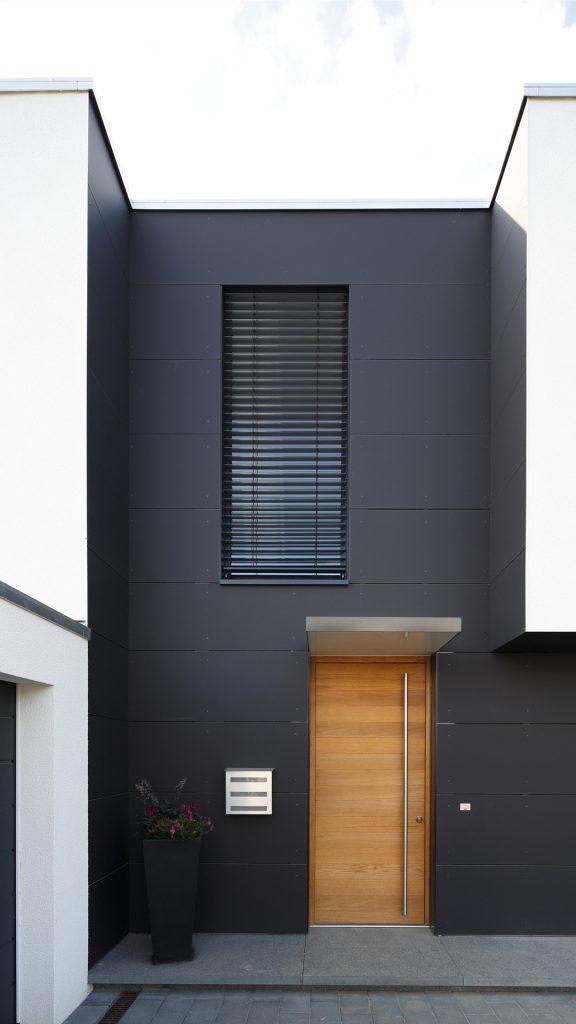 Haus H_Eingang