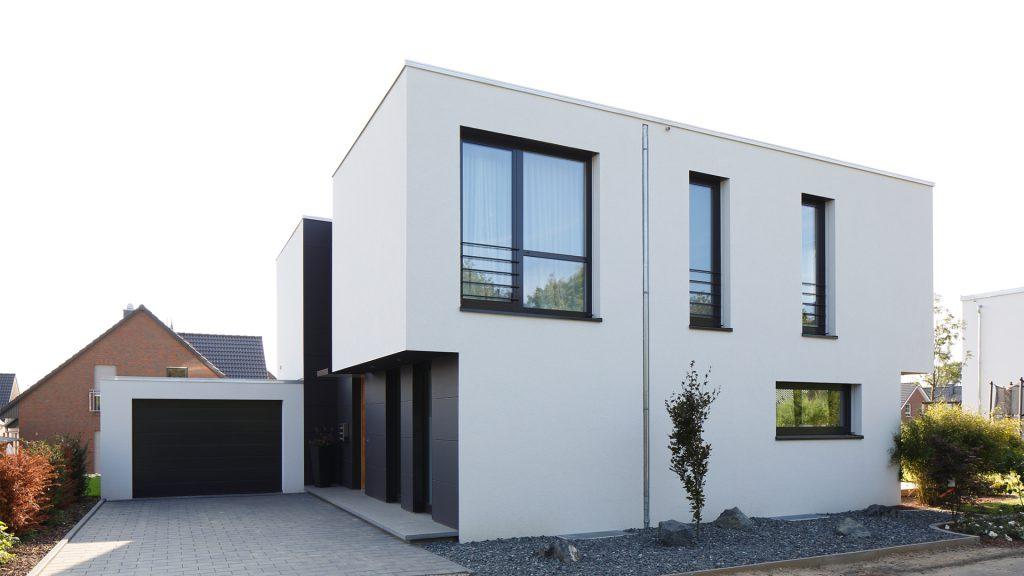 Haus H_Straße