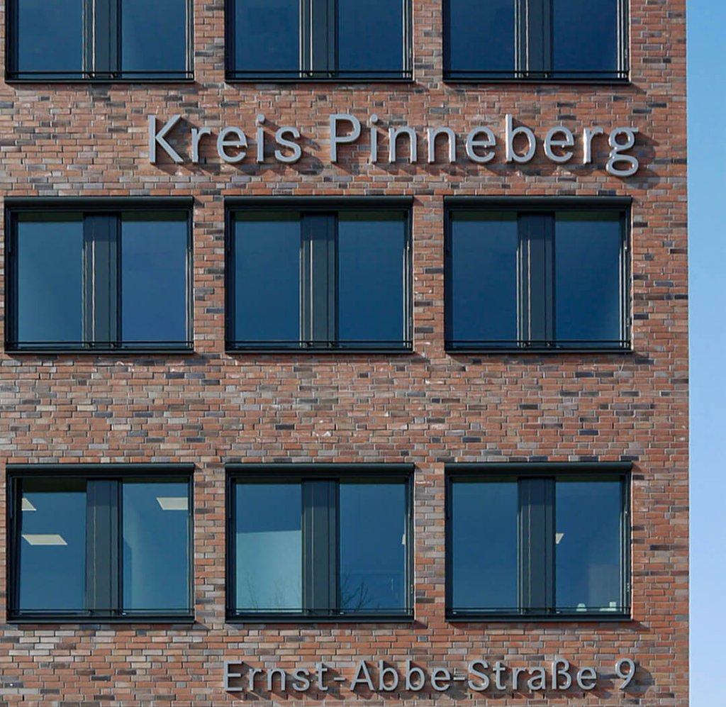 SV_KPI -Bechriftung Fassade